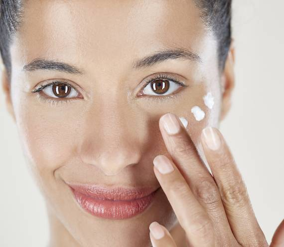 Cómo conseguir una piel suave en el cuerpo y la cara.