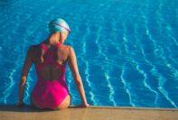 Cómo prevenir las infecciones de la piel por levaduras al nadar