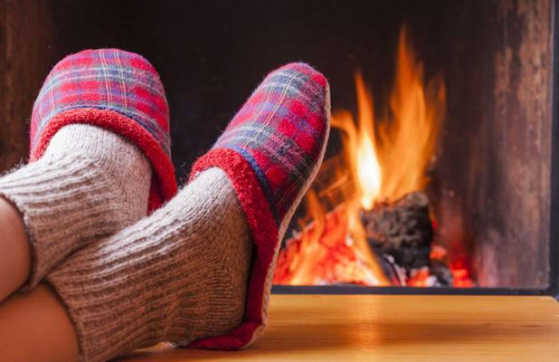 Mantén los pies fríos calientes