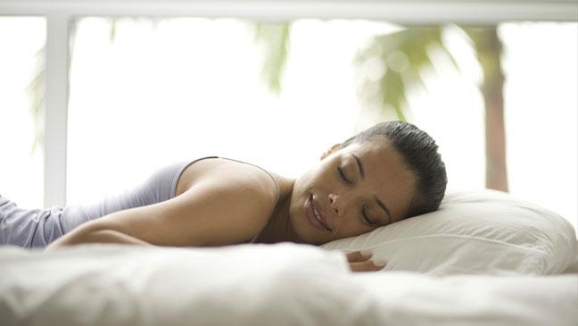 Soluciones para la hora de dormir para reducir la hinchazón del vientre