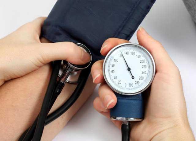 cómo tratar la presión arterial alta