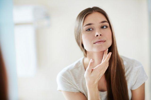 como mejorar tu piel naturalmente con aceites