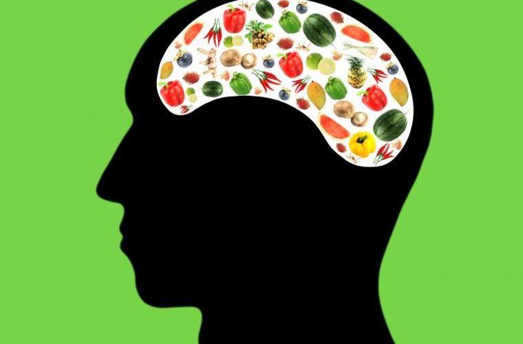 vitaminas para mejorar la salud del cerebro